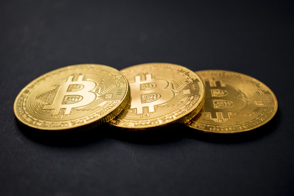 DIRTY MONEY: WHAT'S LIVING ON CASH THAT CAN'T ON BITCOIN?